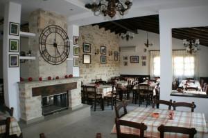 Paliomouhtaros tavern Larnaca