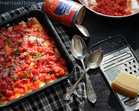 Italian Cheese Cannelloni With Rich Tomato-Basil Sauce