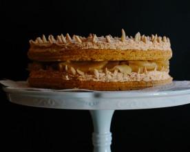 Apple Meringue Sponge Cake