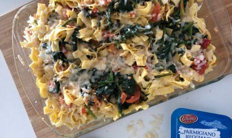 Cheesy spinach pasta bake recipe